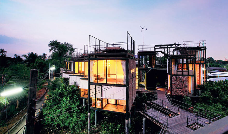Treehouse Hotel Abroad